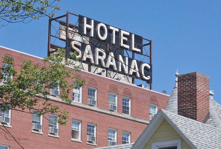 Hot Sara sign